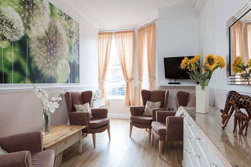 Lukestone Spacious Lounge Area